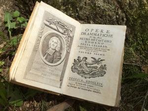 Old Italian opera book
